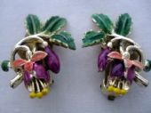 1960's Cold Enamel Fuschia Flower Earclips by Exquisite on Original Card (SOLD)